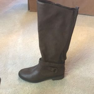 Shoes - Brown tall zip up boots